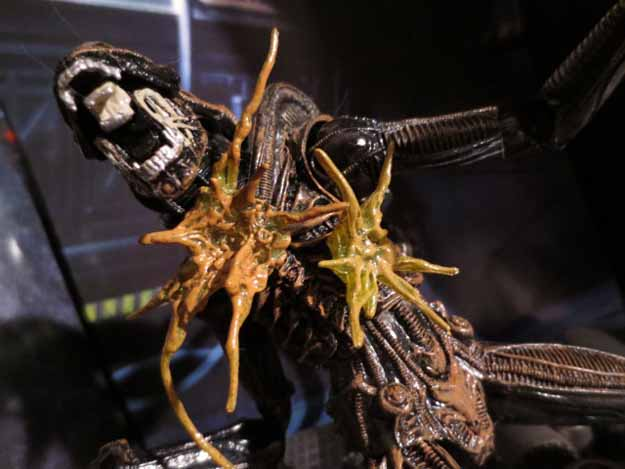 NECA Hudson Alien 2-Pack040