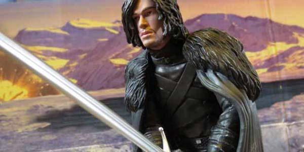 GOT-Jon-Snow-Dark-Horse-fea
