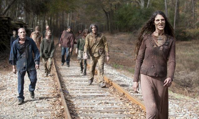 the-walking-dead-s4-e16-zombies-636-380