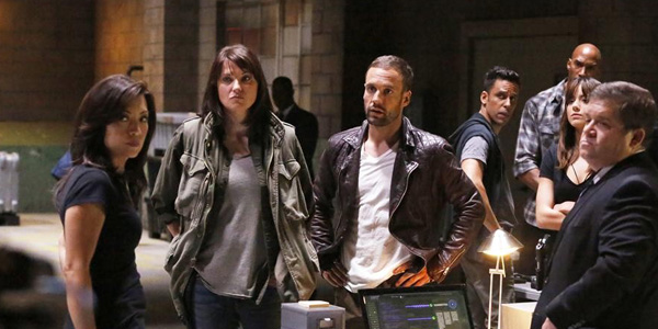"TV Korner: Agents of S.H.I.E.L.D. 2.01- ""Shadows"""