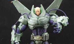 dc-collectibles-armored-lex-luthor-2
