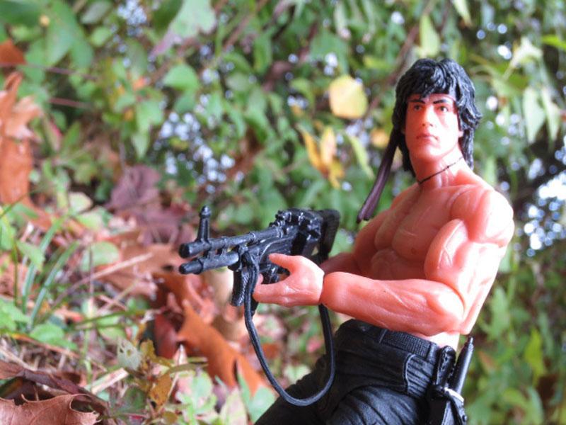 Rambo FBPt2 NECA 022