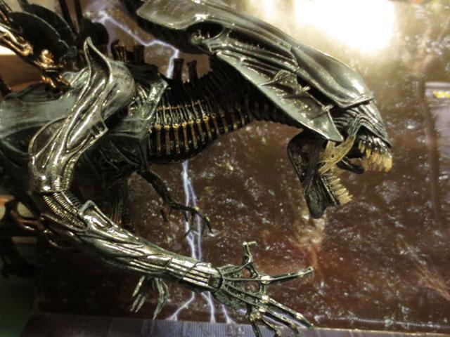 alien queen neca 001