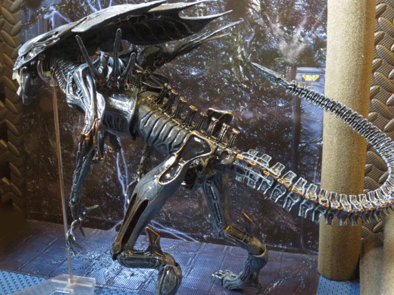 Alien Queen 027