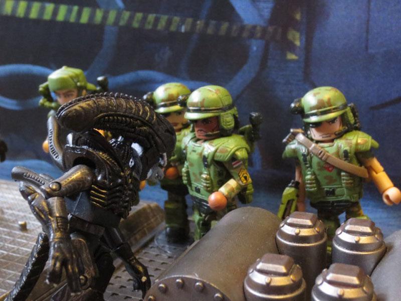 Aliens Minimates 001