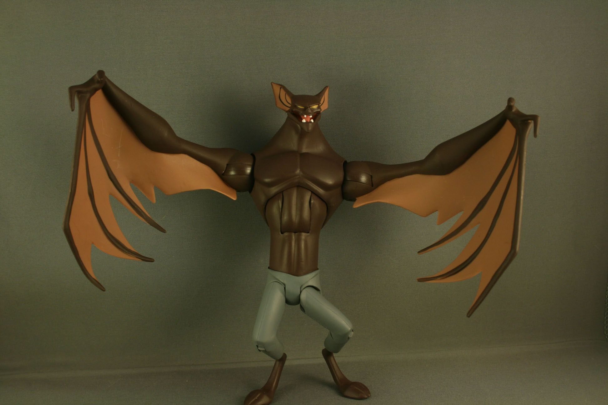 Manbat DC Collectibles Kastor's Korner 02