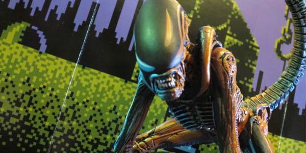 NECA-retro-game-alien3-feat