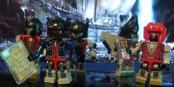KRE-O Transformers Cybertron Kreon Class of /'85 Yearbook 2015 SDCC Kreo 1985