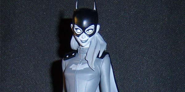 batgirl-bw-feat