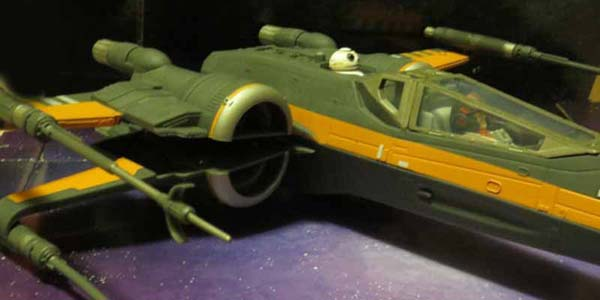 SW-Poes-X-Wing-feat