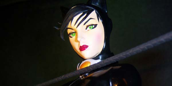 catwoman-bust-feat