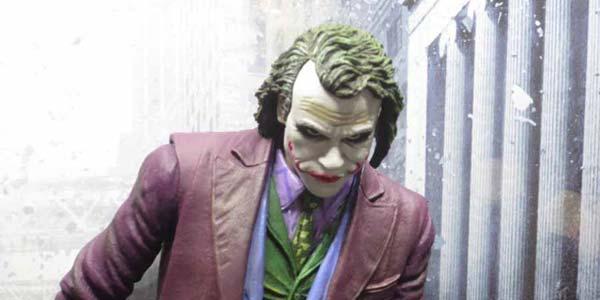 NECA-Joker-feat