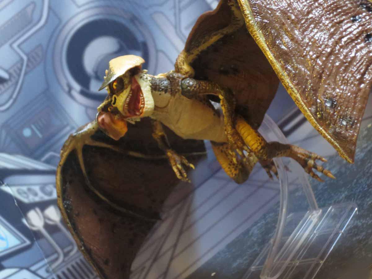 Bat Gremlin NECA 016