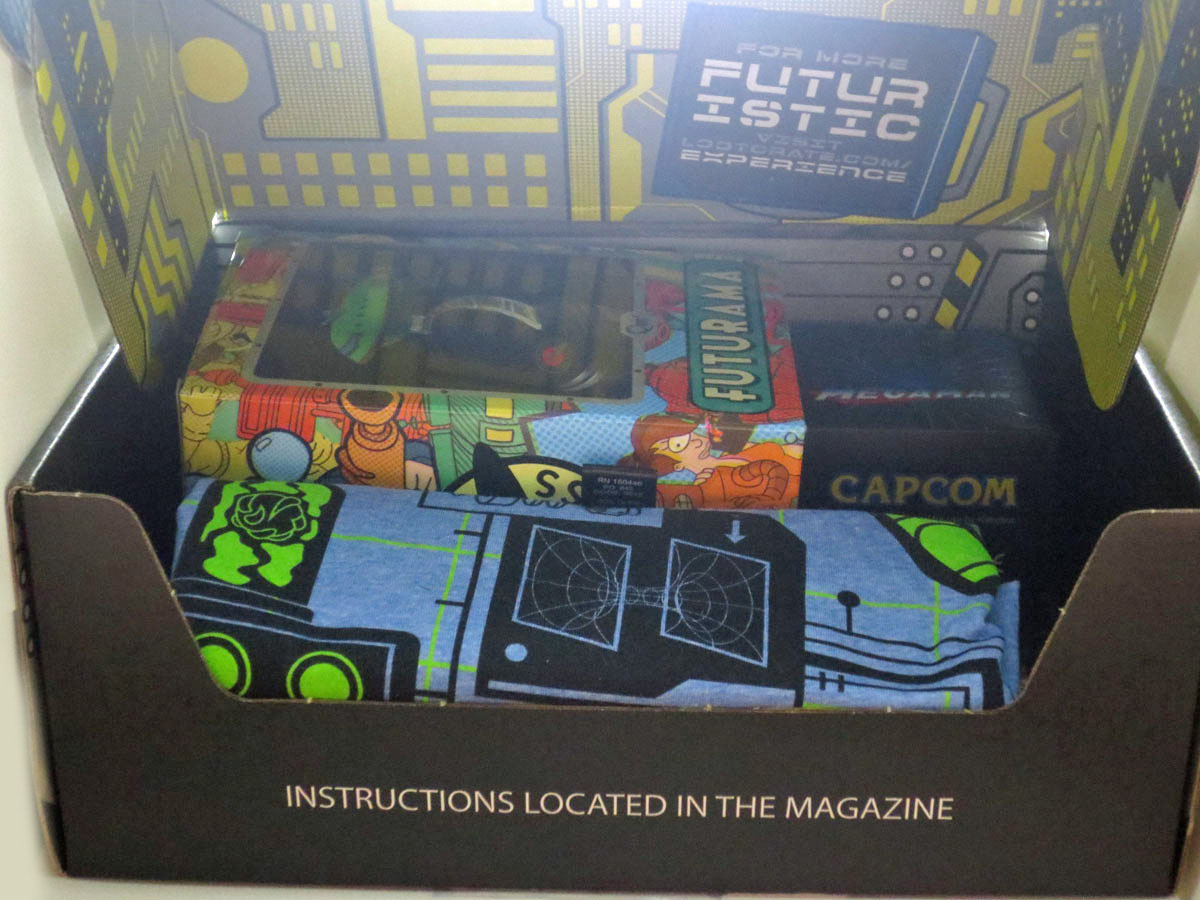 Loot Crate July 2016 Future 002