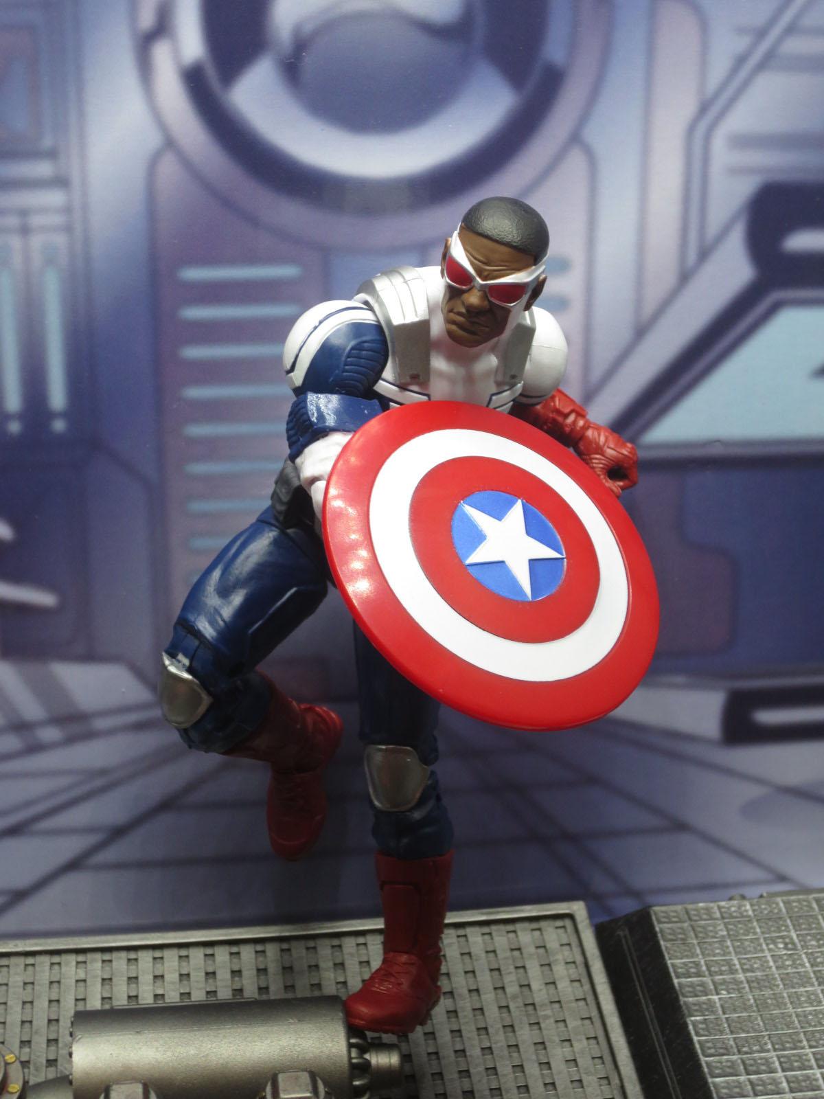 ML Avengers TRU 3-Pack 014