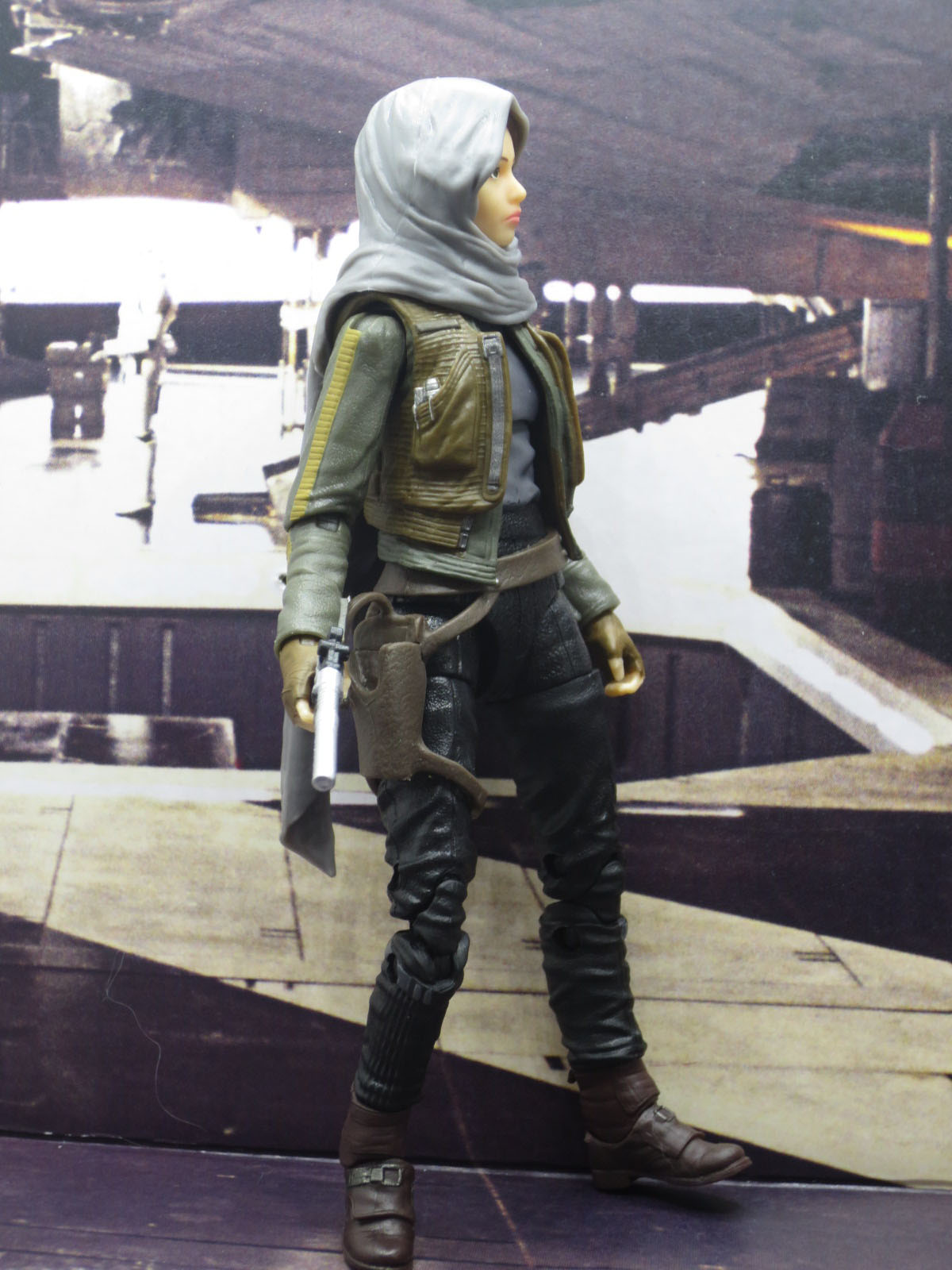SW Black Jyn Erso SDCC 004