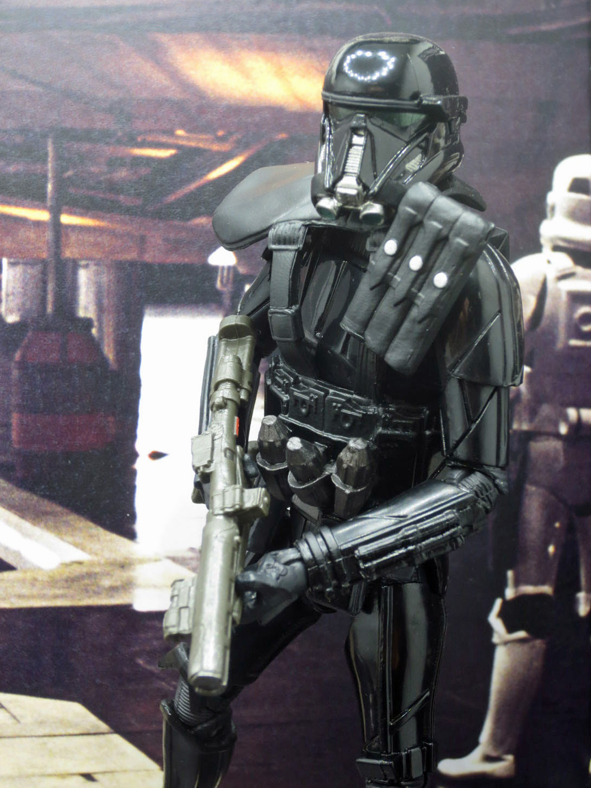 sw-black-rogue-one-target-011